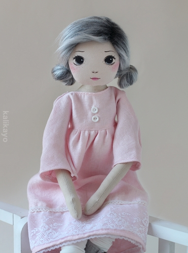 Corinne – the romia doll