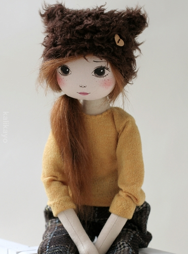 Mindy – the romia doll