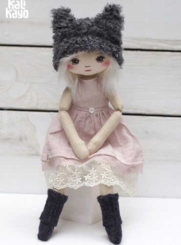 Naomi (little romia doll)