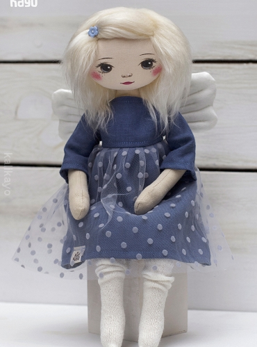 Holly (little romia doll)