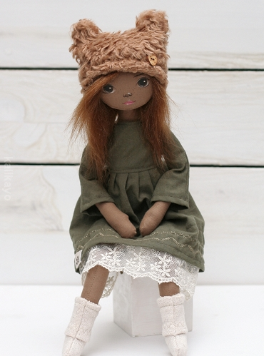 Sienna (little romia doll)