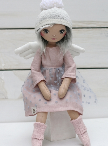 Rosa (little romia doll)