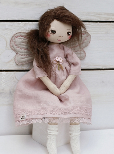 Safiya (little romia doll)