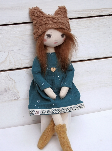 Eileen (little romia doll)