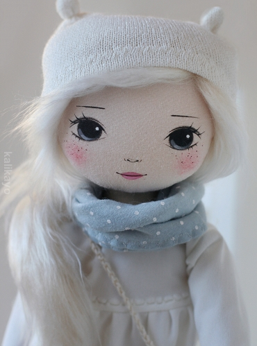 Macey – the romia doll