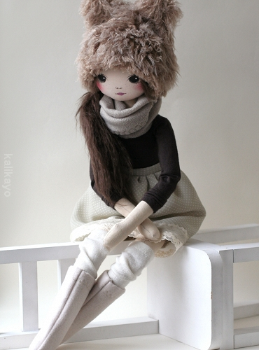 Willow (romia doll)